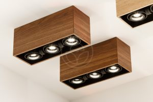 Ceiling square spot light made of wood